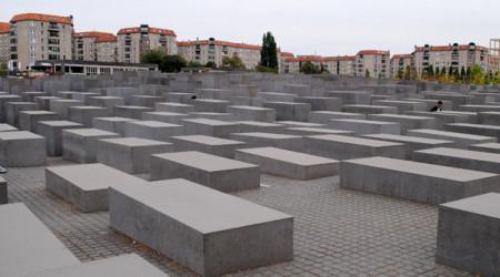 rtf 1 berlin holocaust mahnmal f nf millionen besucher. Black Bedroom Furniture Sets. Home Design Ideas